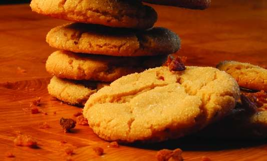 Maple Bacon Crackle Cookies